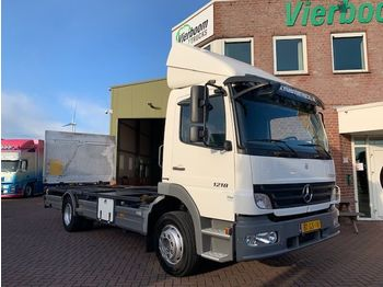 Mercedes-Benz ATEGO 1218 L EURO4 20FT CONTAINER NEW CONDITION LOW KILOMETERS WITH LIFT - Containerwagen/ Wechselfahrgestell LKW