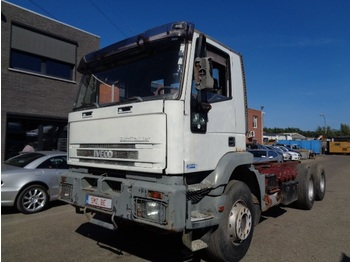 Fahrgestell LKW Iveco Eurotrakker 260 E 35 6x4 manual lames french