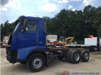 Fahrgestell LKW Volvo FH 400 Chassis **** OHNE Motor + Getriebe ***