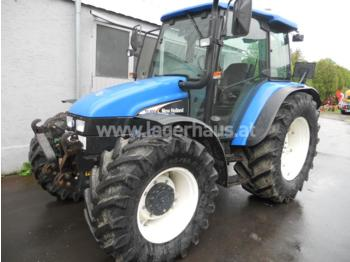 NEW HOLLAND TL 100 A - Radtraktor