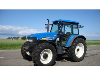 NEW HOLLAND TM 140 - Radtraktor